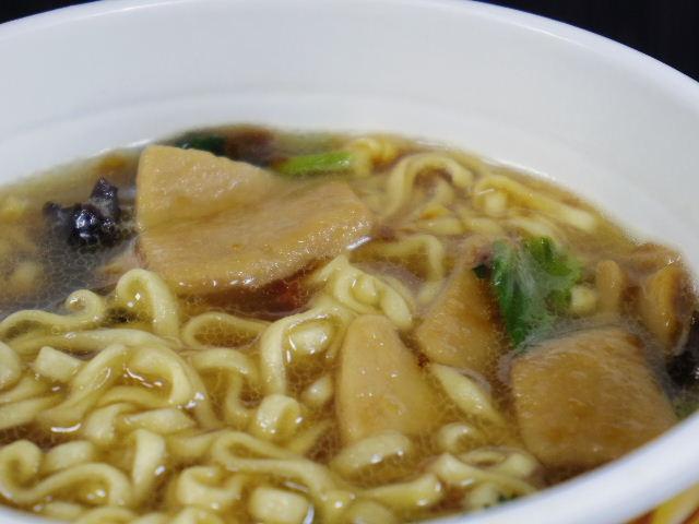 カップヌードルリッチ あわび風味オイスター煮込み6