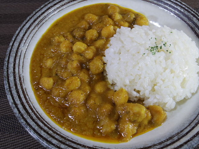 印度伝統料理人ひよこ豆のカレーチャナマサラ 中身1